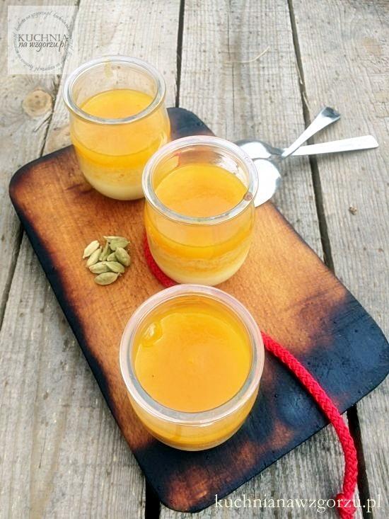 mleczna pianka z mango
