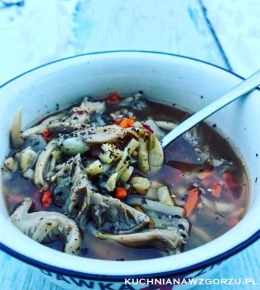 zupa-z-boczniakow
