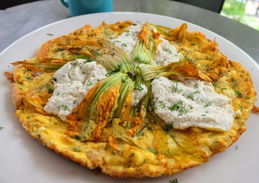 suadiye - beyaz fırın - küçük martha - mekan önerileri - kahvaltı - brunch- kabak çiçekli omlet