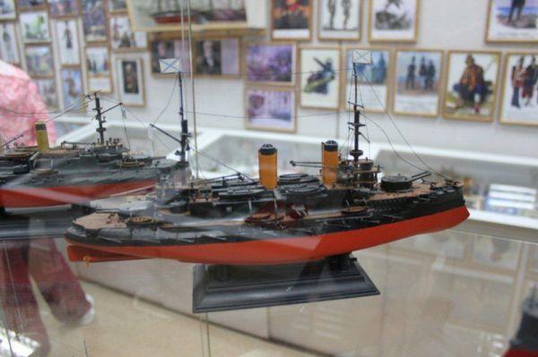 Музей военно-морского флота «Морской пехотинец»