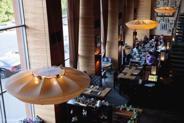 Ресторан «Якитория & Mojo» на Петровской набережной в ...