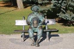 Pomnik Ogrodnika w Parku Zdrojowym w Kudowie Zdroju