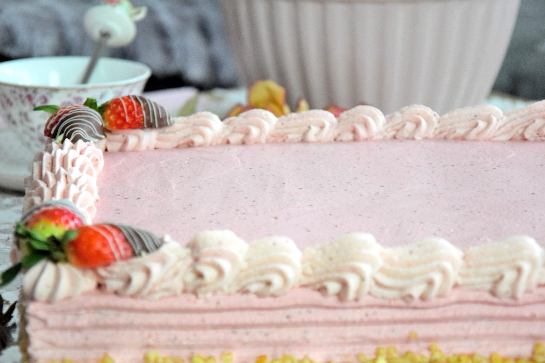 Erdbeer Sahne Torte Eckig Mit Video Kuchencottage