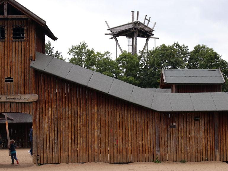 Trappenkamp Fort und Kletterturm