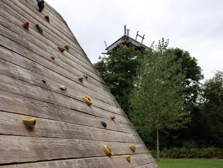 Trappenkamp Kletterwand