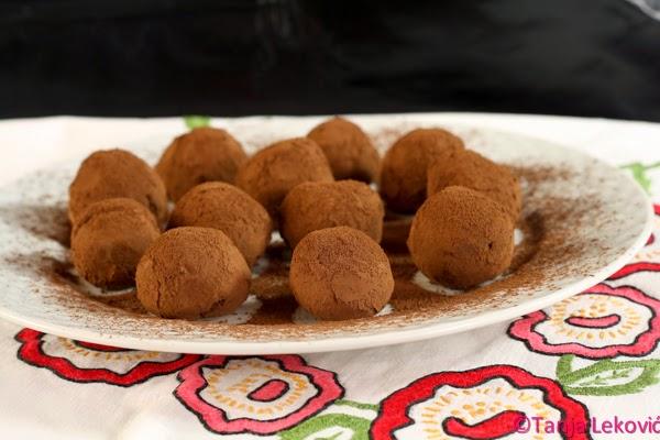 Čokoladne praline / Chocolate truffles