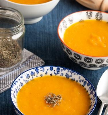 Čorba od pečene bundeve, jabuke i šargarepe / Baked pumpkin, apple and carrots soup