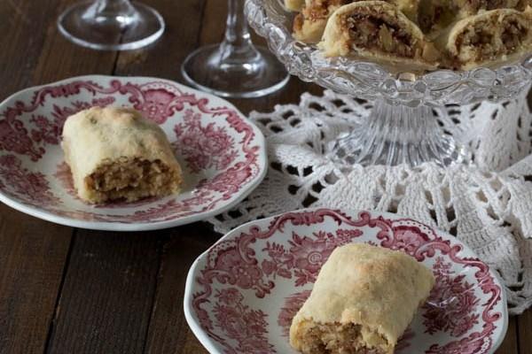 Hvarske štrudlice / Walnuts and jam rolls