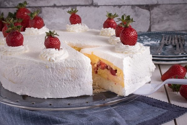Torta sa jagodama / Strawberries cake