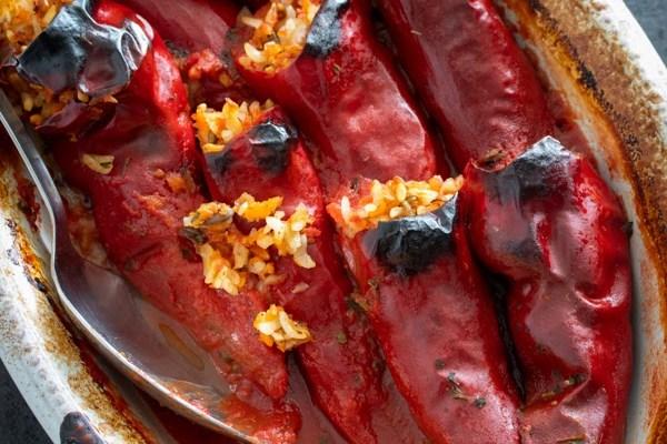 Punjene suve paprike / Stuffed dry peppers
