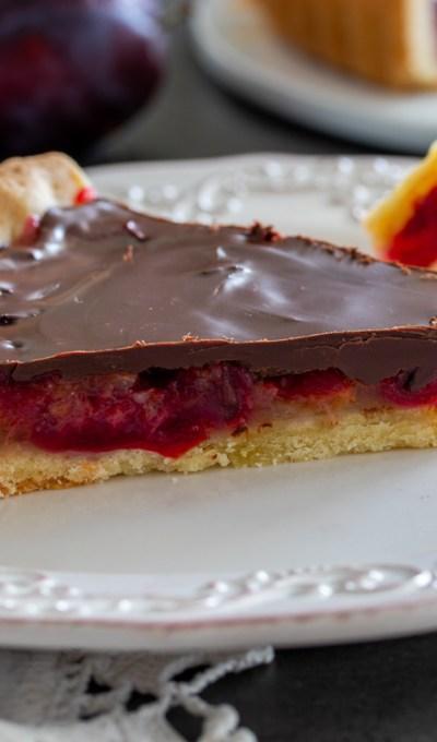 Tart sa šljivama – čokošljivopita
