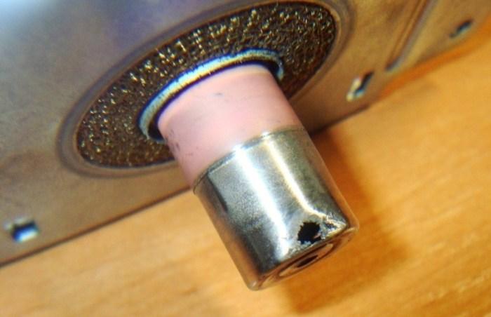 Прогоревший колпачок магнетрона