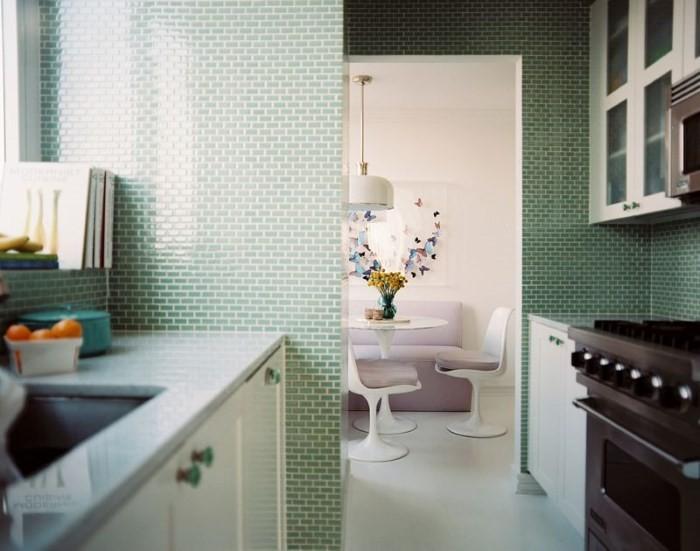 Вариант отделки стен кухни 9 кв. м.