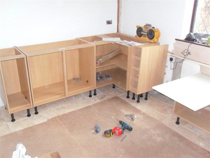 Сборка кухонных шкафов