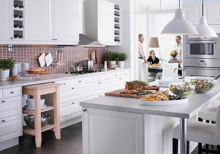 Кухня ИКЕА белого цвета