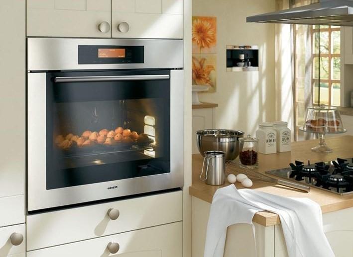 Монтаж духовки в кухню