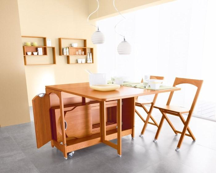 Стол трансформер на кухне