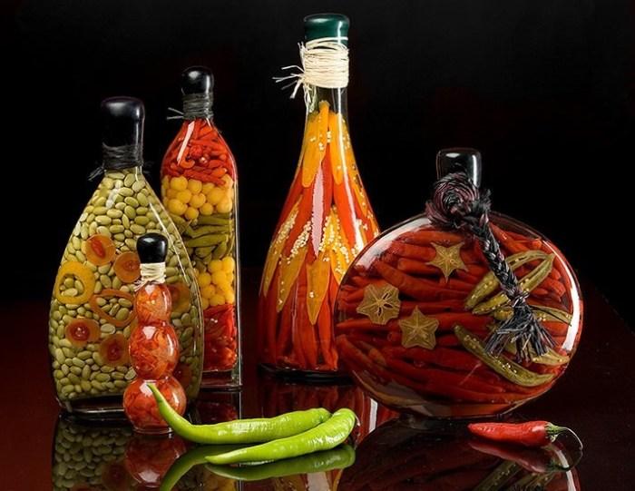 dekorativnye-butylki-s-ovoshchami Декор бутылок шпагатом своими руками