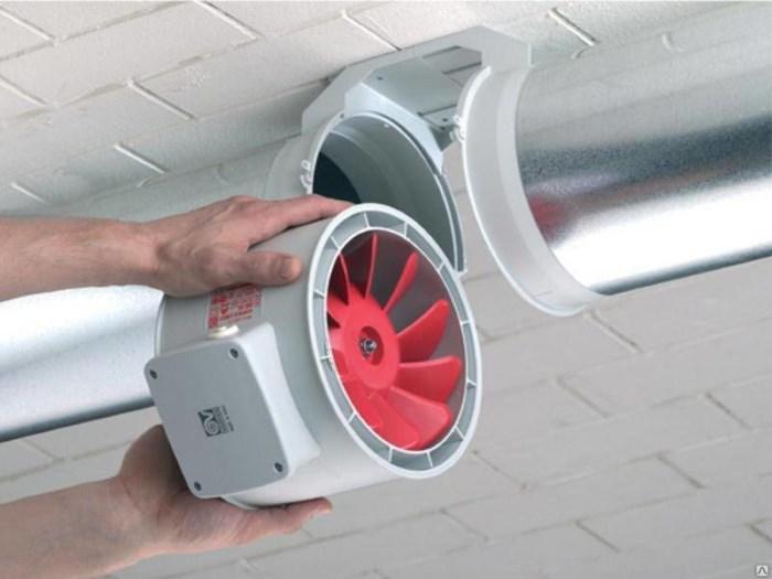 Вентилятор для вытяжки