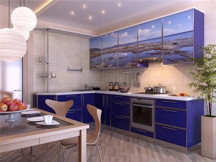 Мебель на кухне с фотопечатью
