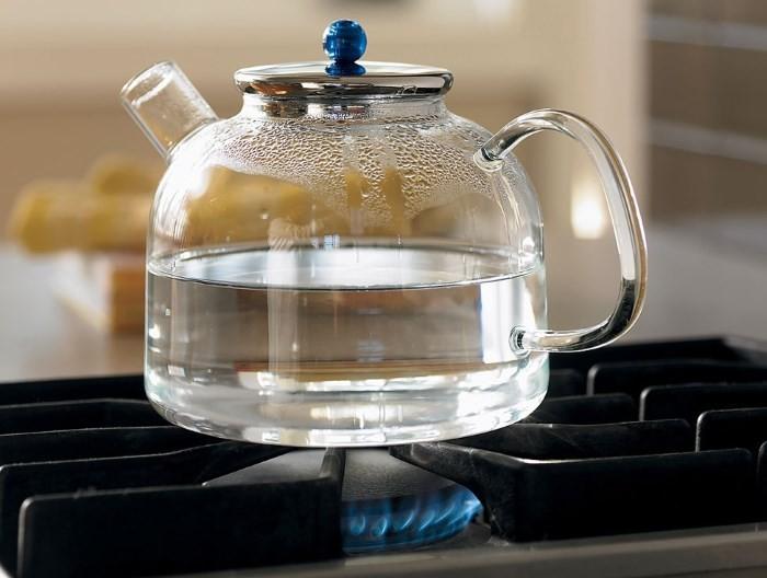 Стеклянный чайник для газовой плиты
