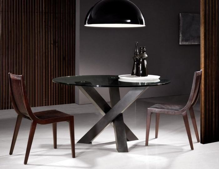 Дизайнерский стол на металлических ножках