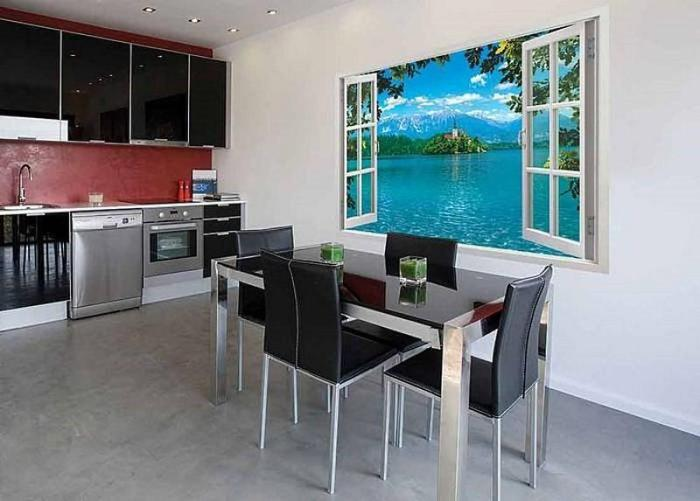 кухня с фальш окном