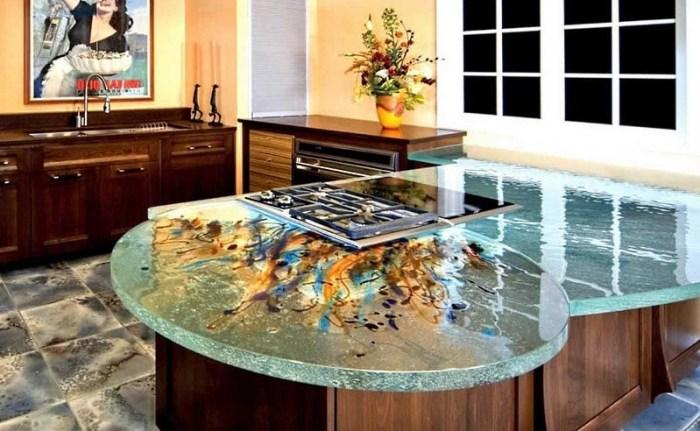 Декоративное стекло на кухне