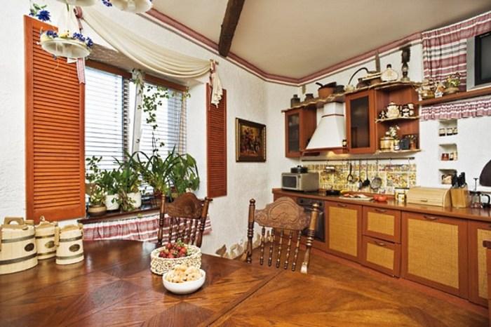 белые стены на кухне в украинском стиле