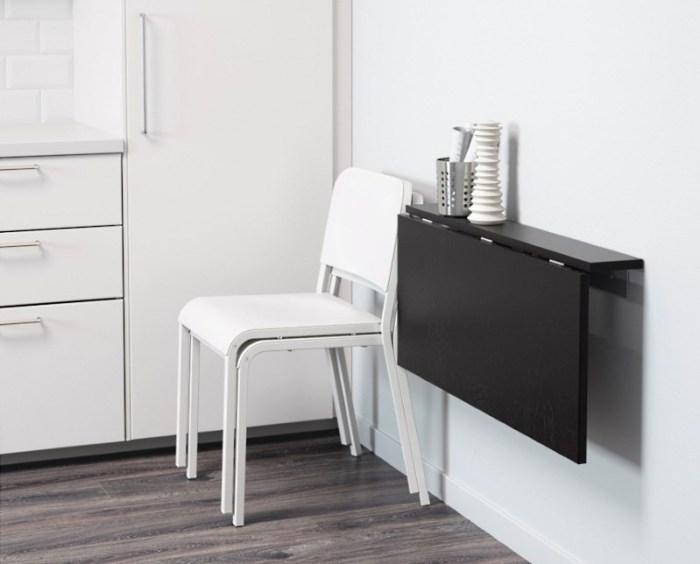 Откидной стол на кухне