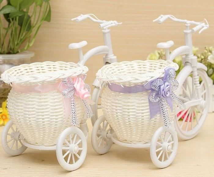 Плетеные корзины для цветов