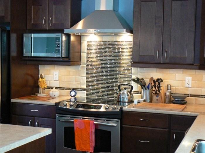 кухонная вытяжка в красивом интерьере