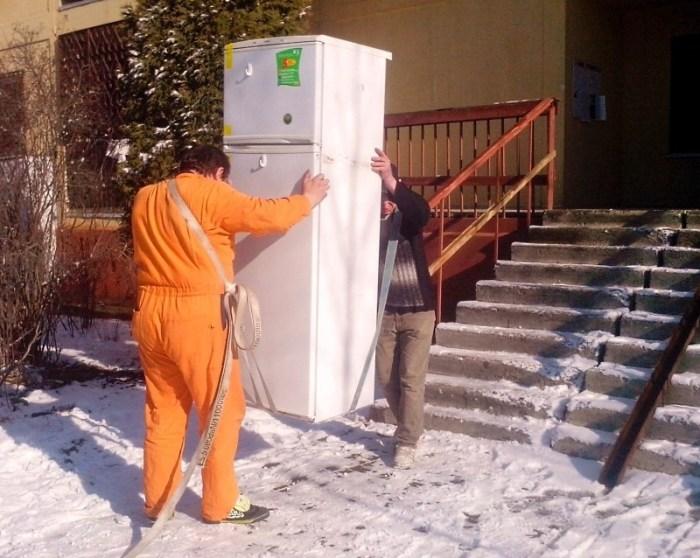 Как перенести холодильник