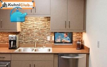 Маленький-телевизор-у-раковины