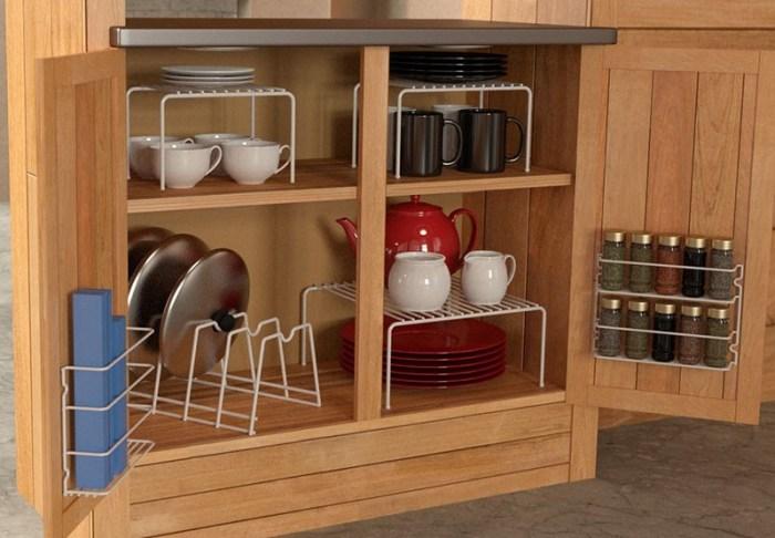 Дополнительные полки в шкафчик на кухне