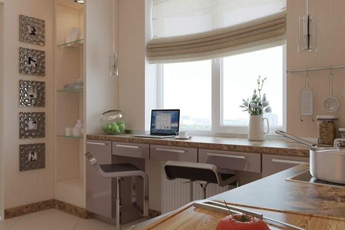 Стол на кухне на большом подоконнике