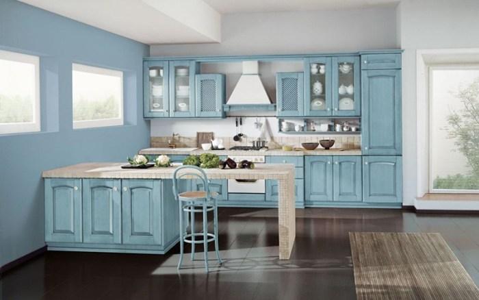 Голубая кухня большой площади