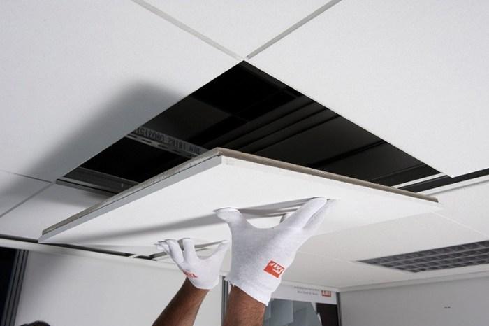 Замена плиты кассетного потолка