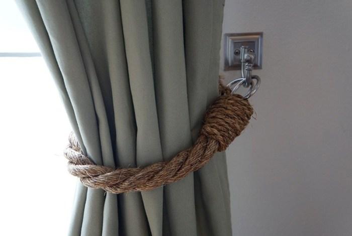 Подхват для шторы из толстой веревки