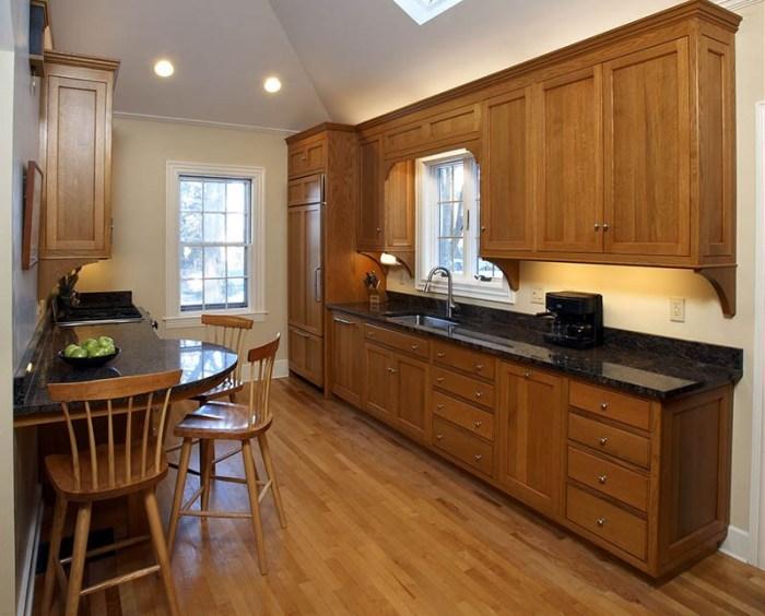 Кухня из древесины мореного дуба