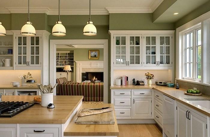 Деревянные столешницы рабочих поверхностей кухонного гарнитура
