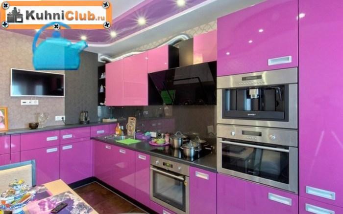 Кухня-в-розово-сиреневом-цвете