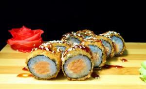 Маки темпура с лососем
