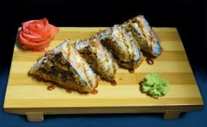 Суши сендвич с беконом