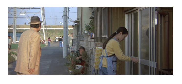 さくらが初めてマイホームを持ったのは、第26作「寅次郎かもめ歌」の時だった(1軒目)