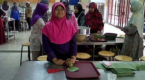 Belajar Cara Membuat Mee Kuning, Laksa Beras di Kolej Komuniti