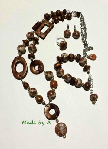 komplet- ogrlica narukvica naušnice prsten