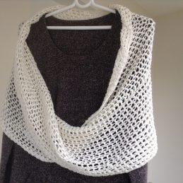 šal luckasto proljece infinity scarf