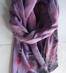 Ръчно рисуван шал *Лилава нощ*