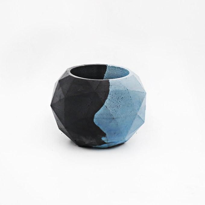 Planter Pot Roma Via della luce, bicolor turquoise and black. Octogonal shape handmade in Berlin by Kula.